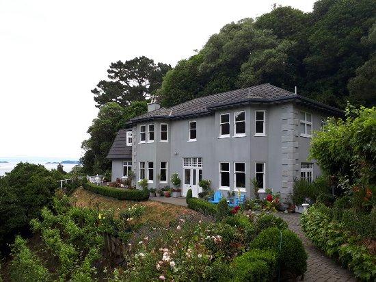 Korokoro, New Zealand: Devenport Estate