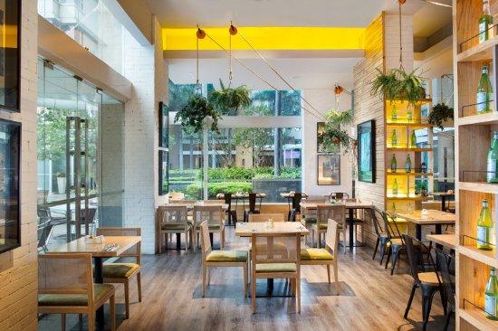 Somerset Berlian Jakarta: Restaurant
