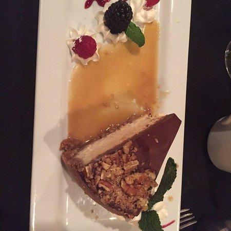 Sigler's Rotisserie & Seafood: Birthday desserts