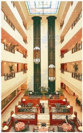The Capitol: Lobby