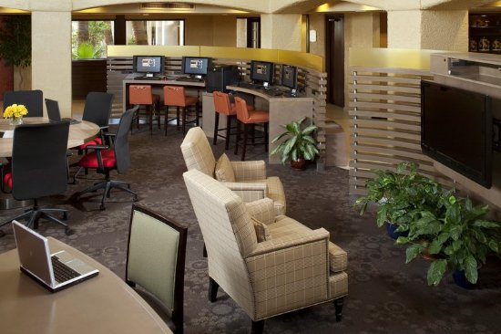 Sheraton Tucson Hotel And Suites Lobby