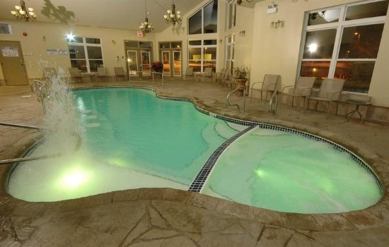 Kingston Ontario Hotels With Hot Tub In Room