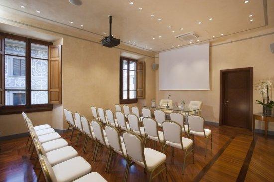 Pierre Hotel Florence: Meeting room