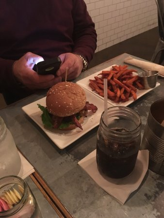 Guru: burger with sweet potato fries