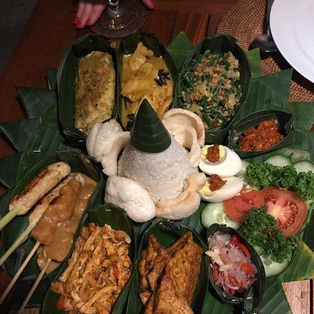 Warung Lu Putu: photo0.jpg