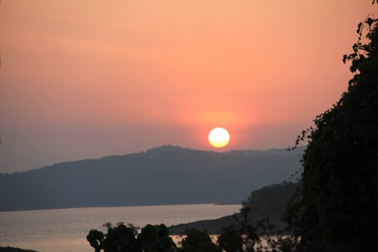 AjjanaMane Homestay: Sunset nearby !