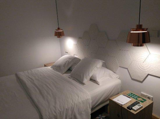 La casa de antonio desde barcelona espa a for Habitacion 73 barcelona