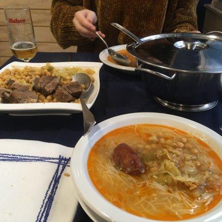 Restaurante bar abel en santander con cocina otras cocinas for Cocinas santander