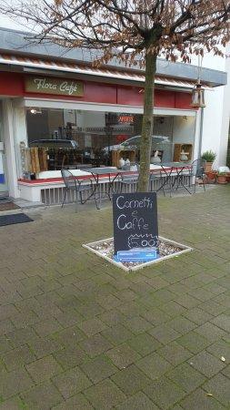 "Birsfelden, Suíça: ""Frühstück"""