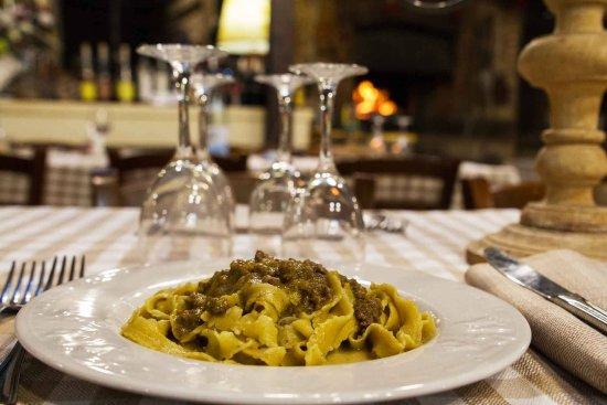 Capranica, Italy: Buon appetito..pasta fatta in casa..eccellente qualità nei condimenti con carni nostrane