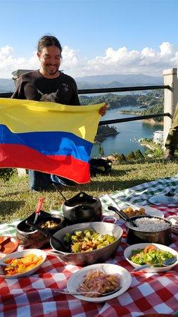 Van Por Colombia: The main man Rafa with his cooking masterpiece.