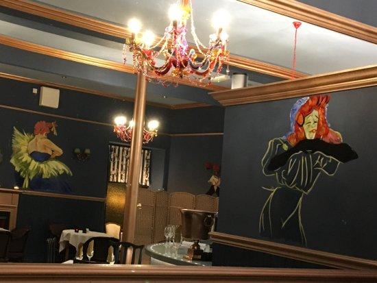 Carnoustie, UK: Restaurant decor, most interesting.