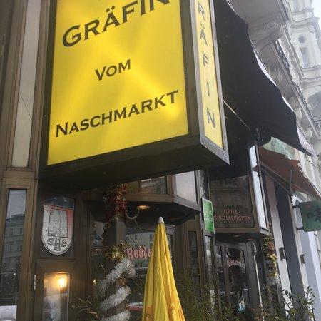 Grafin vom Naschmarkt: photo0.jpg