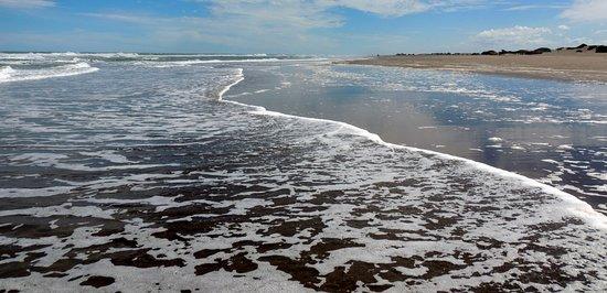 Tres Arroyos, Argentina: Playas infinitas