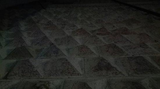 Palazzo dei Diamanti: IMG_20180112_182635_large.jpg