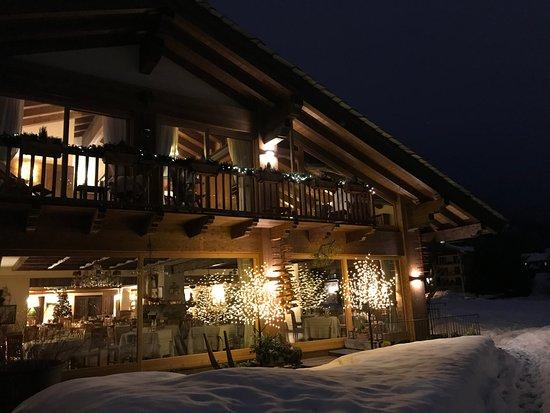 Il prato alpino dell 39 auberge na slici je auberge de la for Auberge de la maison courmayeur tripadvisor