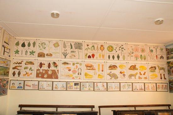 Le Monastier-sur-Gazeille, Γαλλία: Les fameuses images d'antan qui abordaient de multiples thématiques