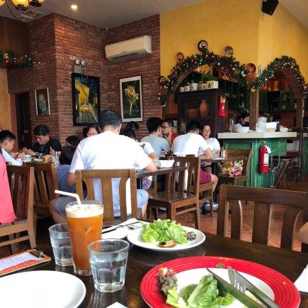 Mama lou 39 s italian kitchen santa rosa omd men om for Mammas italian kitchen