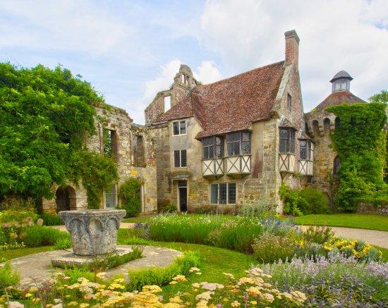 Scotney Castle Garden: Stunning Gardens Of Scotney Castle