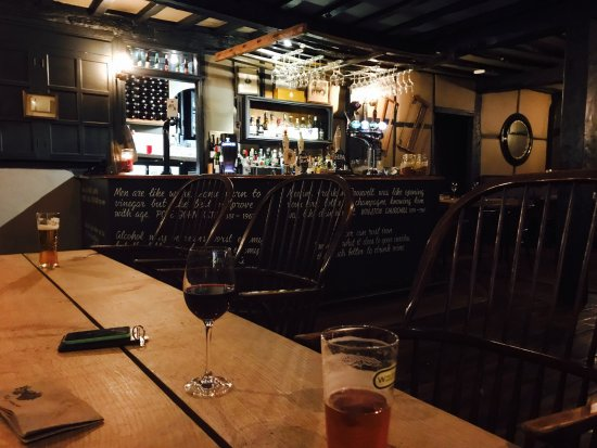 The Greenman : Nice selection of beers and wines