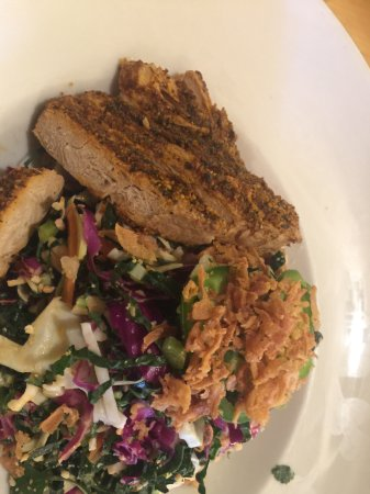 Clarksville, MD: Ginger Dijon Salad with Blackened grilled vegan chicken