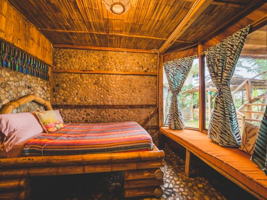 Ayampe, Ecuador: The Serena studio