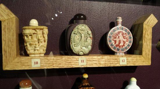Anniston, AL: Japanese snuff boxes