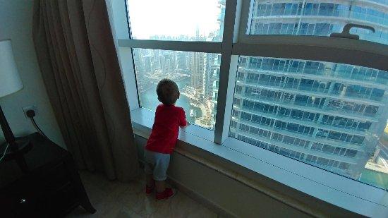 فندق وأجنحة ماريوت هاربر دبي: Dubai Marriott Harbour Hotel & Suites