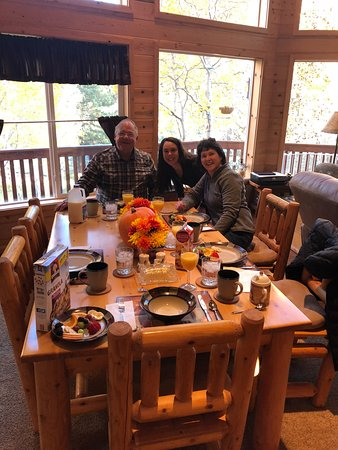 Aspen Hollow Bed and Breakfast : Part of our Breakfast