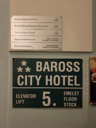 Baross City Hotel: 20180114_202728_large.jpg