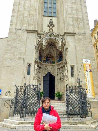 Vienna Explorer - Touren und Fahrradverleih: Our wonderful guide for the Vienna Walking Tour