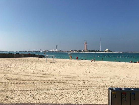Emirate of Abu Dhabi, สหรัฐอาหรับเอมิเรตส์: gorgeous views from this area