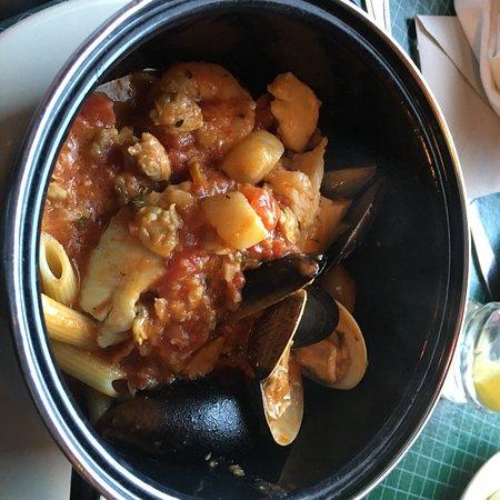 Provino's Italian Restaurant: photo2.jpg