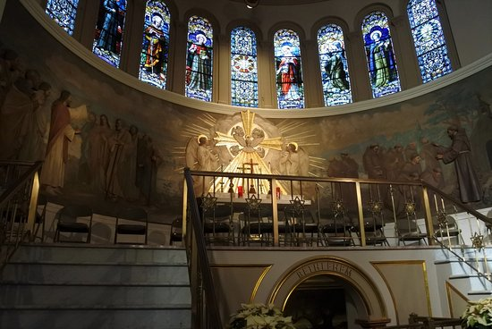 Franciscan Monastery of the Holy Land : Inside the chapel