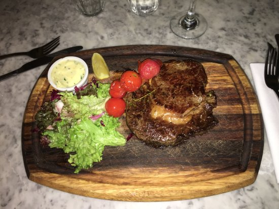 Riddle and Finns The Beach: Rib-eye steak special