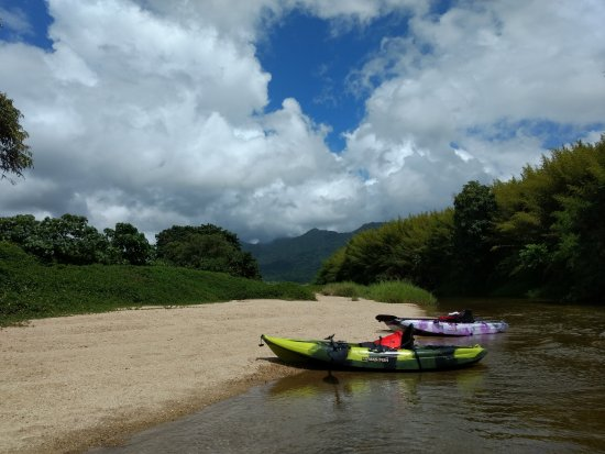 Babinda Kayaking: Plenty of spots to stop for a swim along the way.