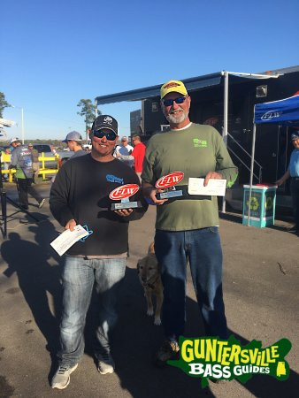 Guntersville Bass Guides: Sam Lemons and Capt. Jim