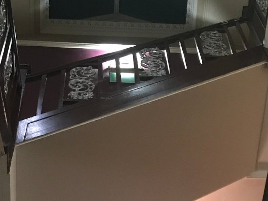 Hilton Edinburgh Grosvenor: One of the staircases we love these railings