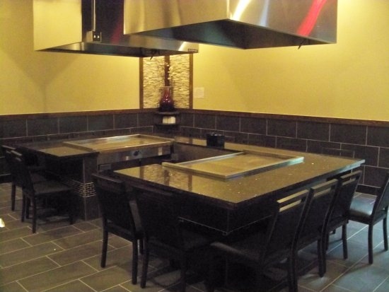 Baldwinsville, Estado de Nueva York: Hibachi tables in private room