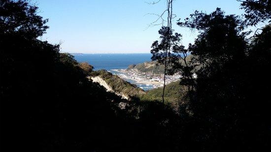 Chiba Prefecture, اليابان: 鋸山から海を臨む