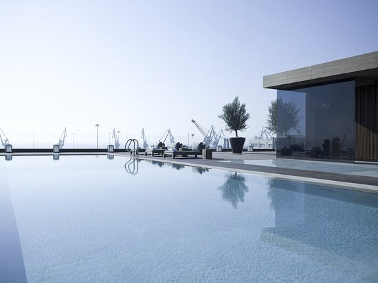 The Met Hotel: Pool