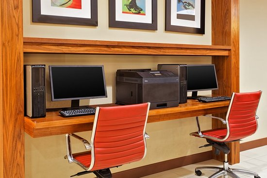 Four Points by Sheraton College Station: Business center
