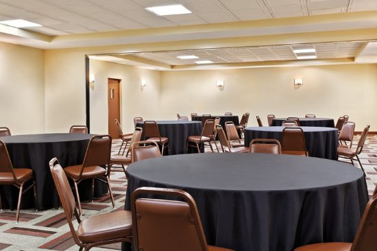 Four Points by Sheraton College Station: Meeting room