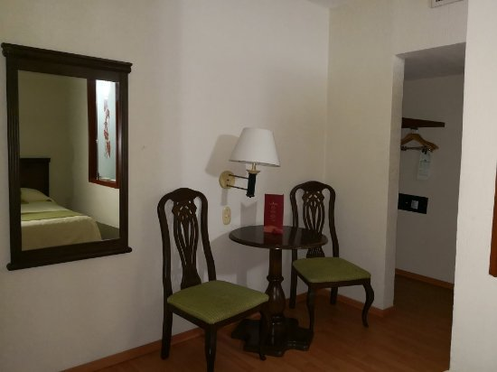 Villa Florida Hotel & Suites: IMG_20180114_220132_large.jpg