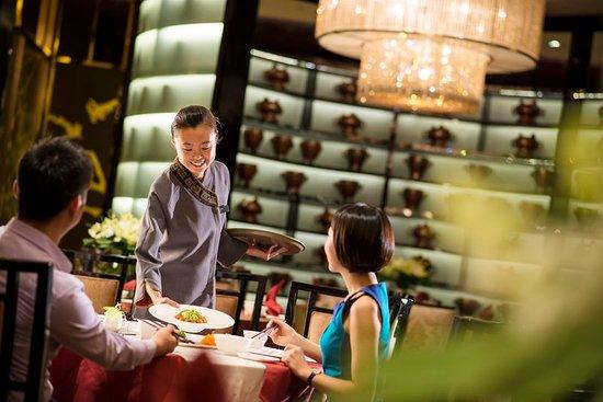 Restaurant crowne plaza chongqing new north zone for Cuisine new zone