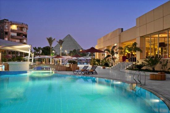 Le Méridien Pyramids Hotel & Spa: Pool