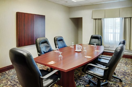 Staybridge Suites Oakville: Meeting room