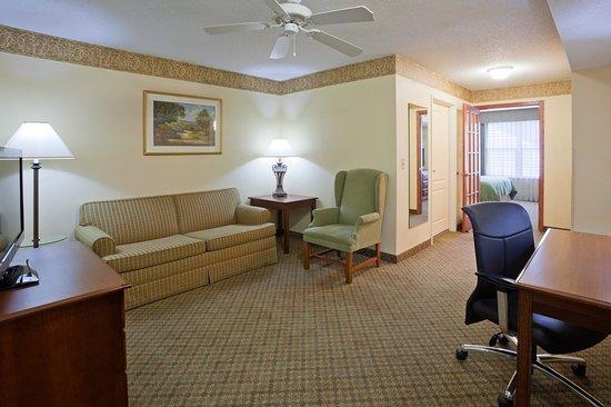 Albertville, MN: Suite