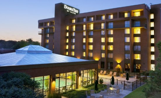 DoubleTree by Hilton Hotel Syracuse: Exterior