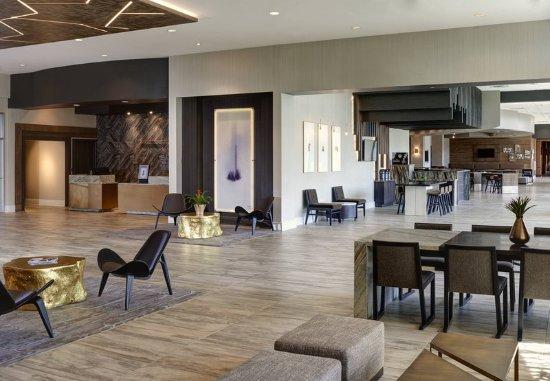 Burr Ridge, IL: Guest room
